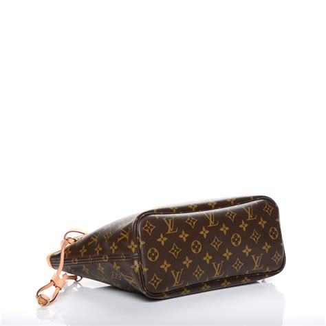 Kaos Louis Vuitton Lv louis vuitton monogram lv moca neverfull pm 215256