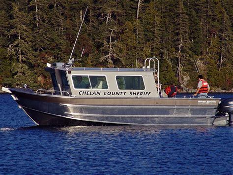 Small Sailboats With Cabin by 29 Cabin Boat Silver Streak 2 Silver Streak Boats