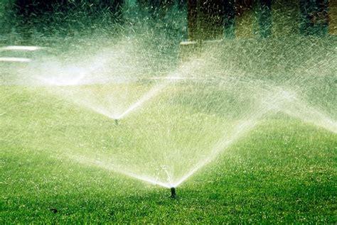 irrigazione giardino prezzi irrigatori materiali per il giardino varie tipologie