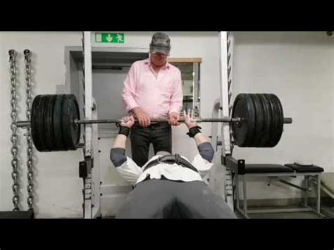 bench press 180kg smal bench press 405lbs 180kg bodyweight 194lbs 88kg