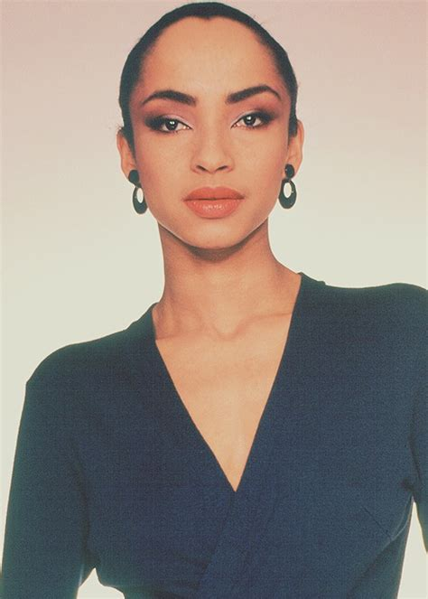 sade adu hairstyle 434 best images about people of music on pinterest kylie