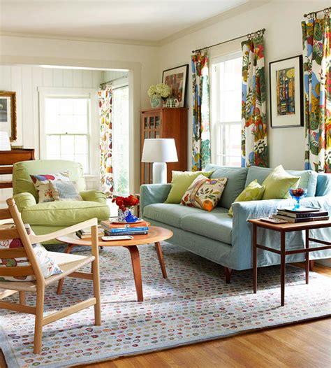 vorh nge bunt gemustert gewagte farbgestaltung f 252 r ihr wohnzimmer feiern sie das