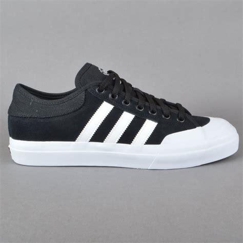 adidas skateboarding adidas skateboarding matchcourt adv skate shoes cblack