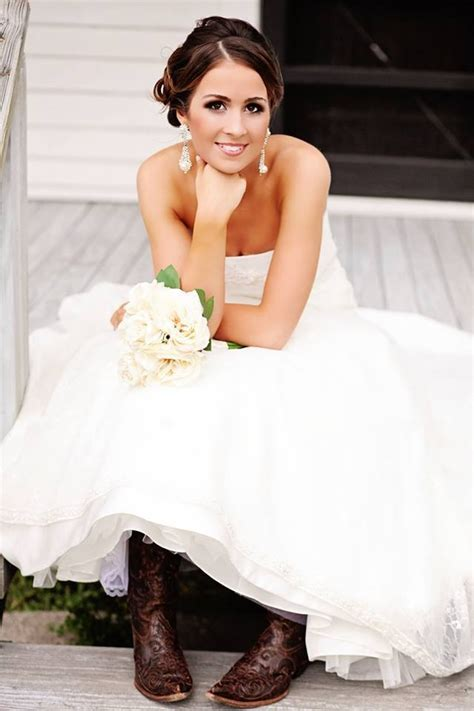 Wedding Hair And Makeup Galveston by 1000 Ideas About Soft Wedding Hair On Wedding