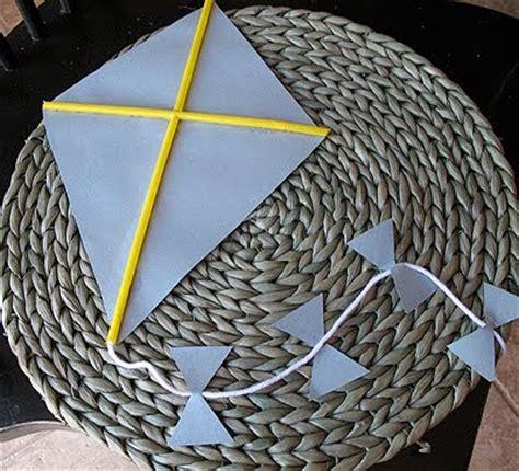 Kite Paper Craft - idea box paper kite craft
