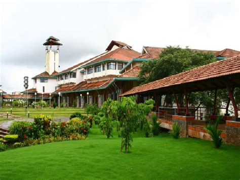 Mba Fields In Iim by Iim Kozhikode Offers Empd Through Interactive Distance