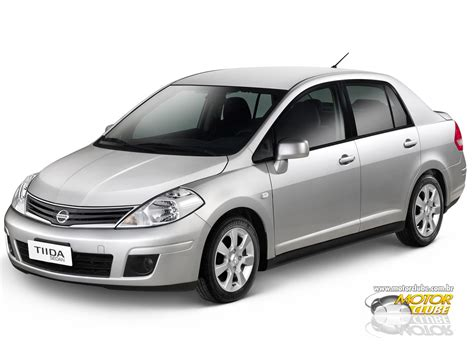 nissan sedan 2013 2013 nissan tiida sedan pictures information and specs