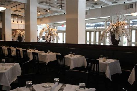 where to eat in iowa resturants and dining in iowa 10 must try restaurants in moines iowa
