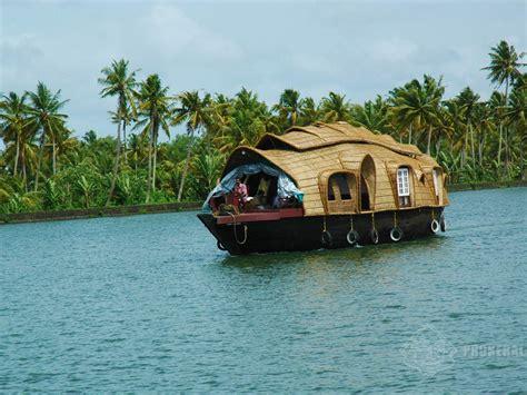 best house boats best tourist places kerala houseboat in alppuza kerala house boats youtube