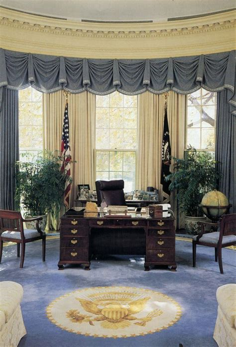white house oval office the oval office during the george h w bush