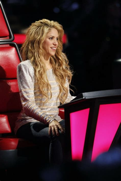 shakira hairstyles the voice 32 best shakira images on pinterest pique artists and