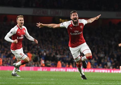 arsenal vs wenger hails giroud s impact arsenal character in