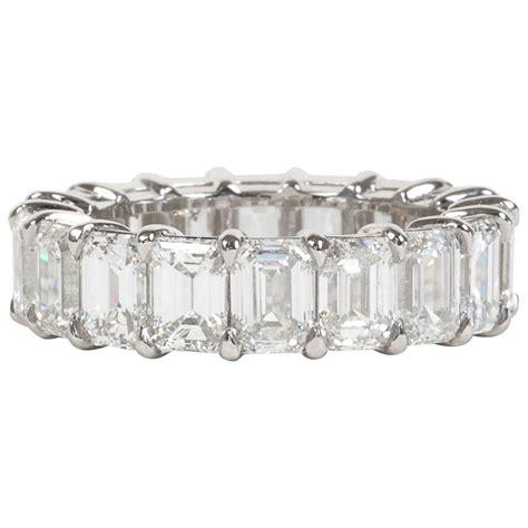 9 carat emerald cut platinum eternity band for