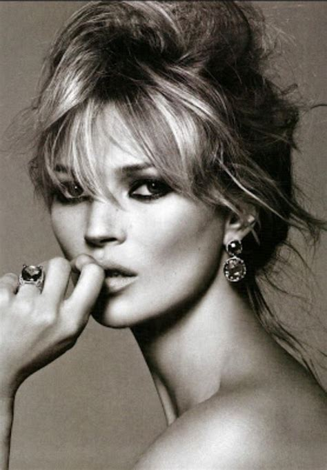 Who Is The Real Kate Moss by Photo Of The Day Kate Moss Makeup Inspiration Fringes