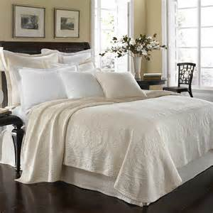 Coverlet King The Discount King Charles Matelasse Coverlet Review Home