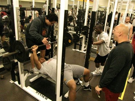 larry allen bench press is your training program design what you think it is