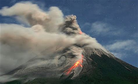 film animasi gunung meletus videos and photos recent merapi eruption ash rain