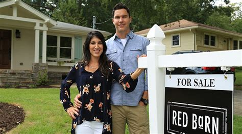 flip or flop houses for sale flip or flop atlanta can this duo out renovate the el