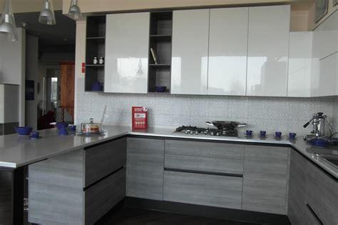 Super Cucina Senza Pensili #1: cucina-scavolini-moderna-alto-livello-sconto-31_O4.jpg