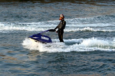 how water scooter works file capebreton jet ski jpg wikimedia commons