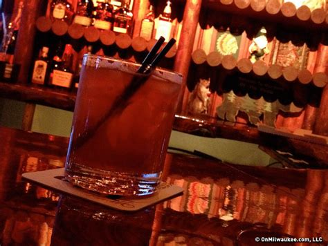 top bars in milwaukee wauwatosa bar guide onmilwaukee bars clubs