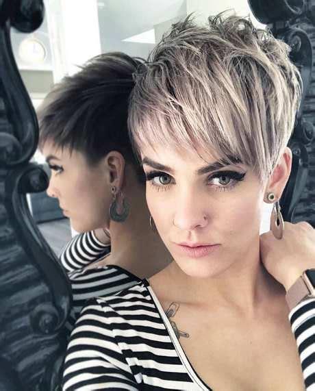 kort womens frisyrer