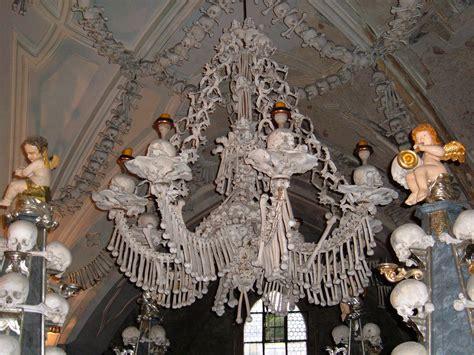 Bone Chandelier File Sedlec Ossuary Chandelier Jpg Wikimedia Commons