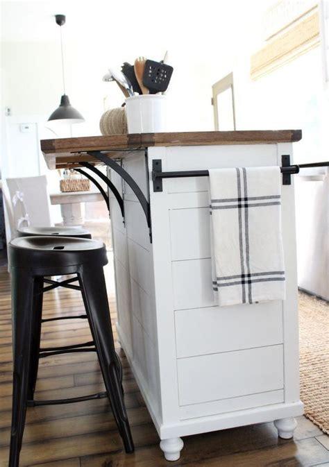 narrow kitchen island best 25 narrow kitchen island ideas on pinterest