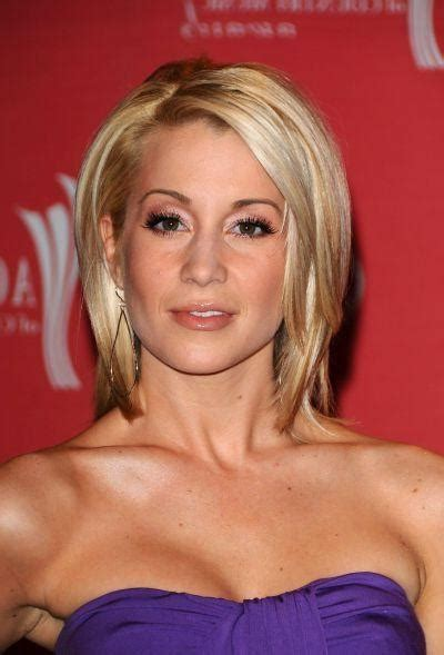 Pickler Hairstyles by 20 Collection Of Kellie Pickler Pixie Haircuts