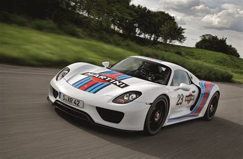 porsche martini porsche 918 spyder gets legendary martini racing team
