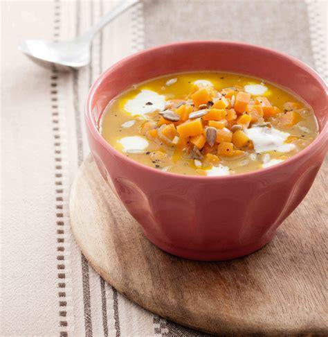 semi di girasole ricette cucina zuppa di carote e zenzero con semi di girasole cucina