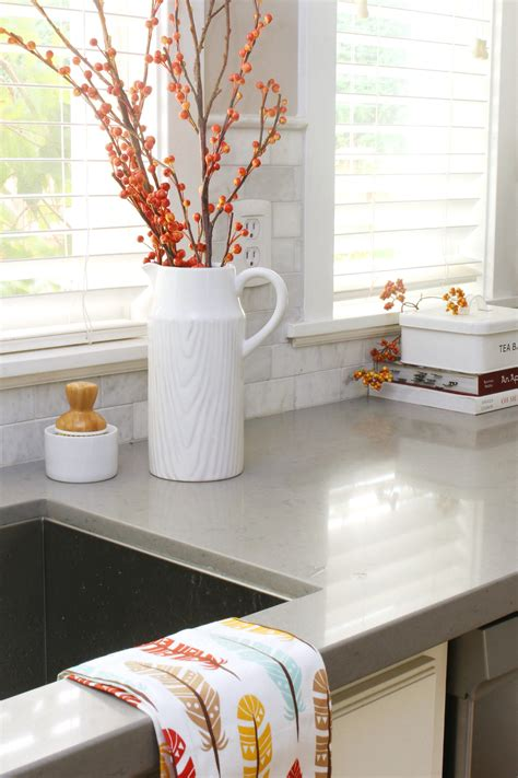 kitchen themes decorating ideas easy fall kitchen decorating ideas clean and scentsible
