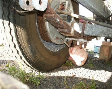 do you grease boat trailer rollers e brake is worthless please advise jeep cherokee forum