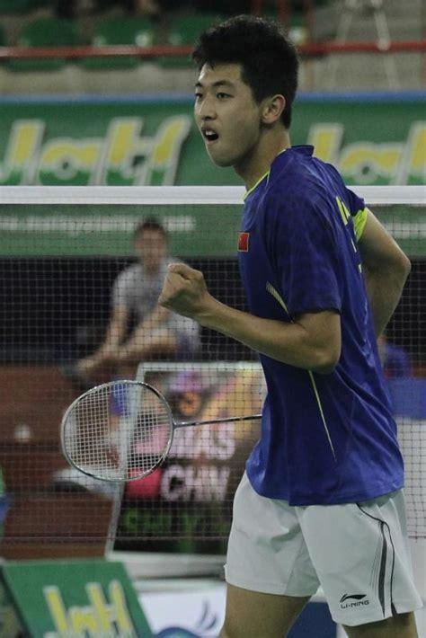 Raket Pemain Dunia china turut kuasai pentas badminton remaja dunia raket