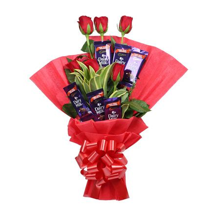 Flower Wedding Gift by Chocolate Bouquet Gift Roses With Chocolates