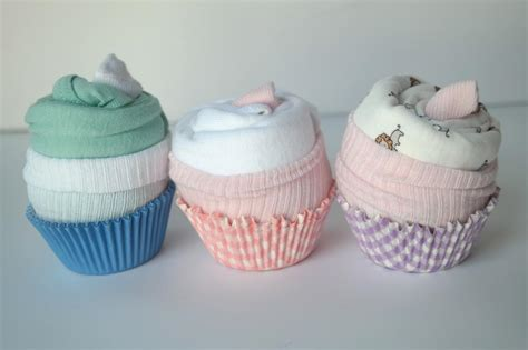 Baby Shower Onesie Cupcakes by Step By Step Tutorial For Adorable Baby Onesie