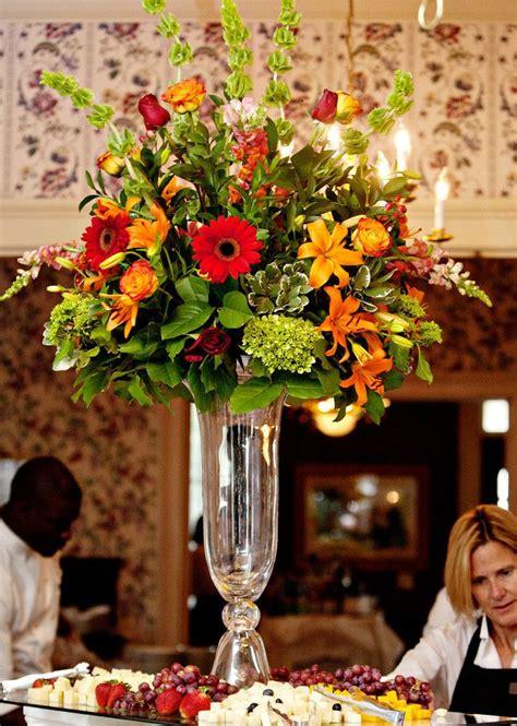25 best ideas about trumpet centerpiece on vases wedding flower