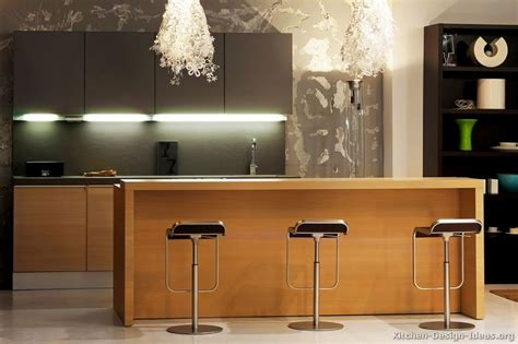 modern kitchen island lighting contemporary kitchen cabinets pictures and design ideas