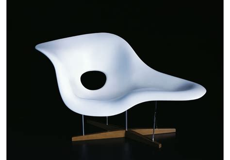 A Chaise Longue by La Chaise Chaise Lounge Vitra Milia Shop