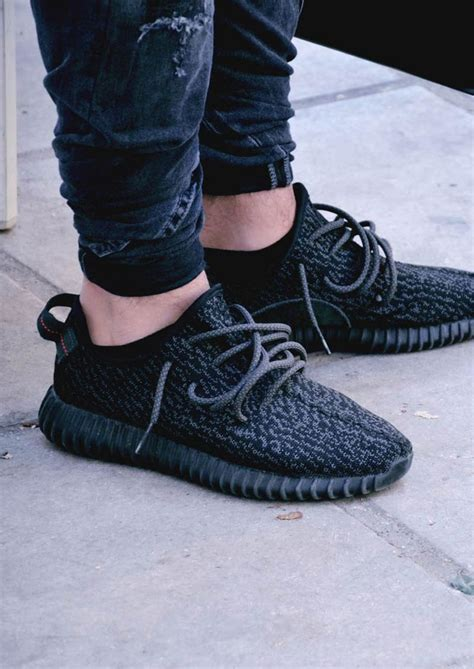 Big Sale Now Adidas Yeezy Sepatu Casual Sneakers Import Murah adidas yeezy 350 boost k i c k s 350 boost and adidas