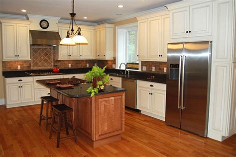 white maple kitchen cabinets maple kitchen cabinets white kitchen cabinets carlton
