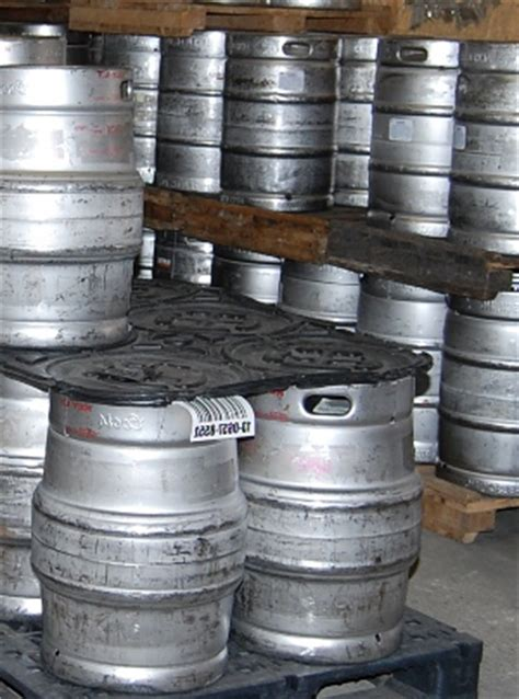 how many ounces in a keg of bud light how many ounces in a keg of coors light iron blog