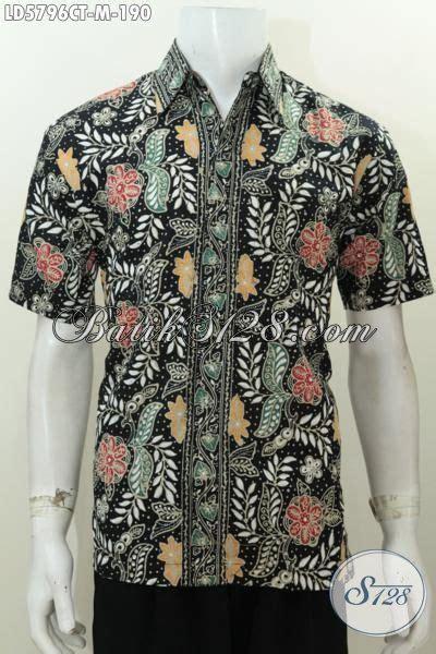 Hem Cap Tulis hem batik cap tulis lengan pendek motif bunga dasar hitam