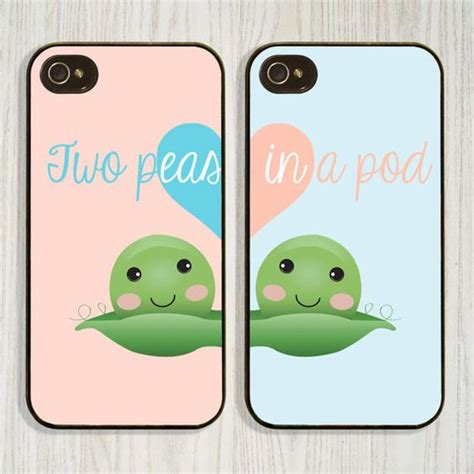 Best Iphone For Couples Two Peas In A Pod Best Friend Matching