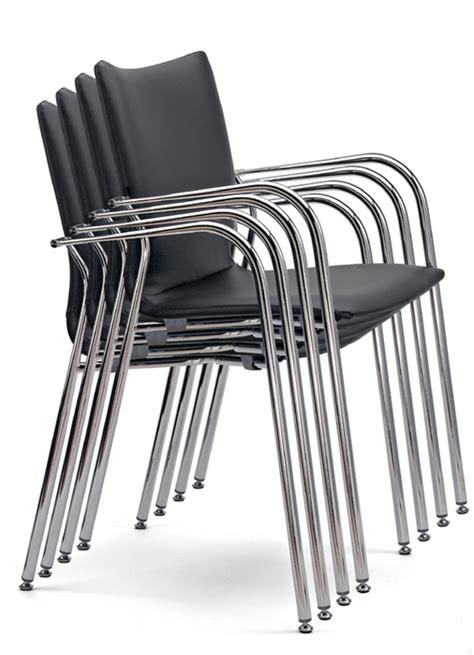 ikara actiu silla en madera  piel