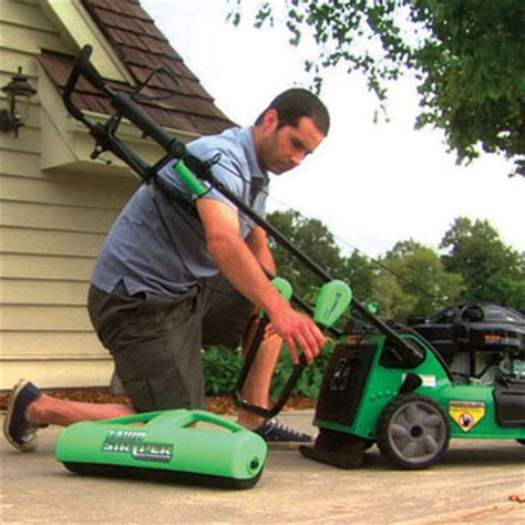 grass pattern roller lawn stryper pattern your lawn like the pros the green