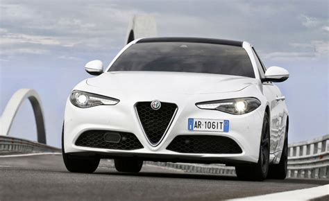 2018 alfa romeo giulia coupe alfa romeo giulia coupe expected for late 2018 187 autoguide