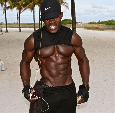 50 year old black men extremely ripped 46 year old youtube