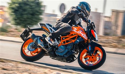 New Ktm Duke 390 Price In India 2017 Ktm Duke 390 Launching Today In India Expected Price