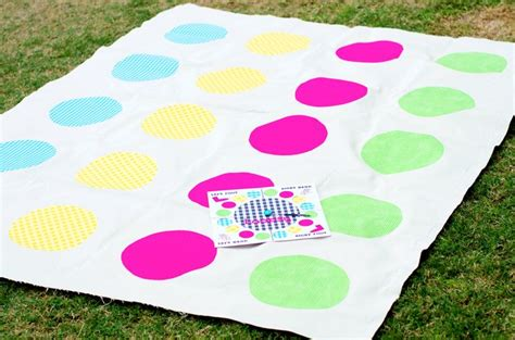 how to make a twister inspired loopsy game spinner